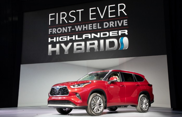 Red 2020 Toyota Highlander Hybrid at New York International Auto Show
