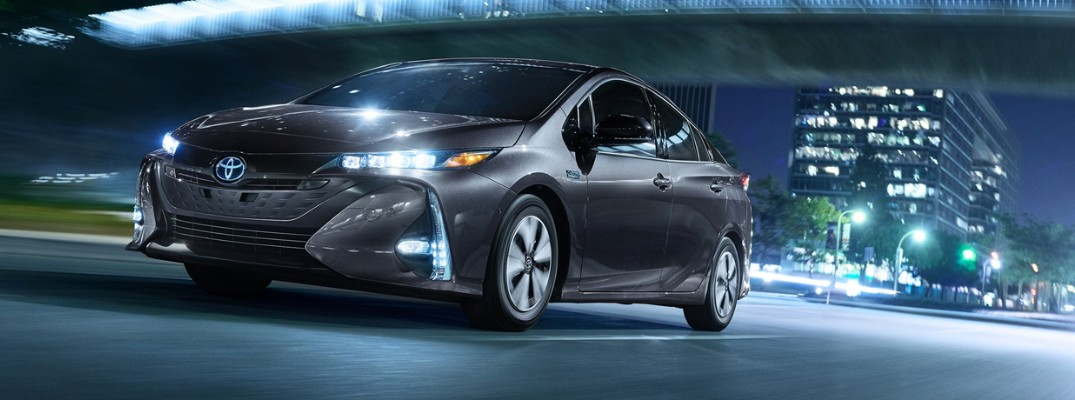 What is the maximum range of the 2020 Toyota Prius Prime?