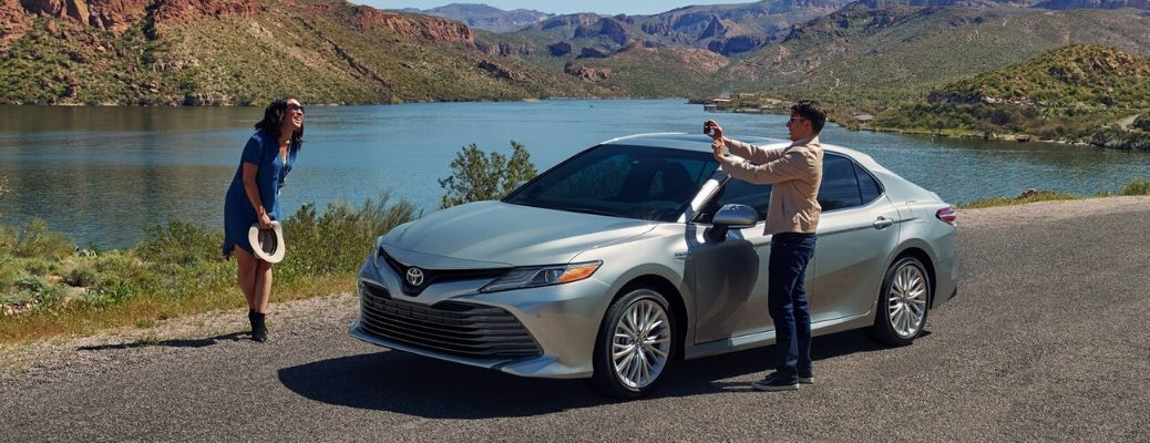 What are the Differences Between the Three 2020 Toyota Camry Trim Levels?