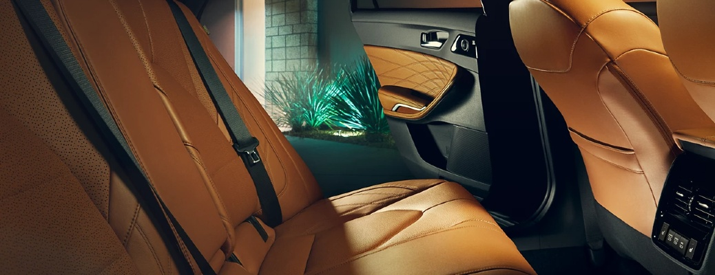 leather seats in toyota avalon