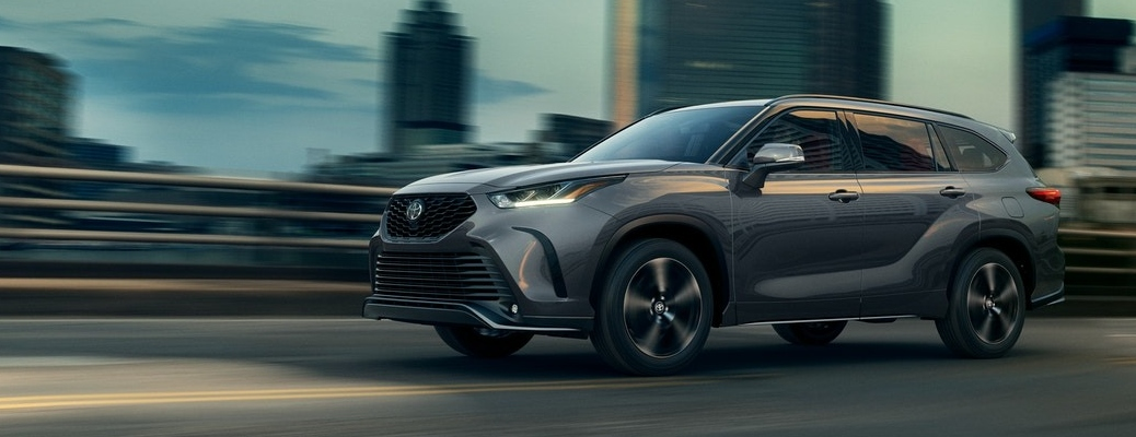 2021 Toyota Highlander going down the road