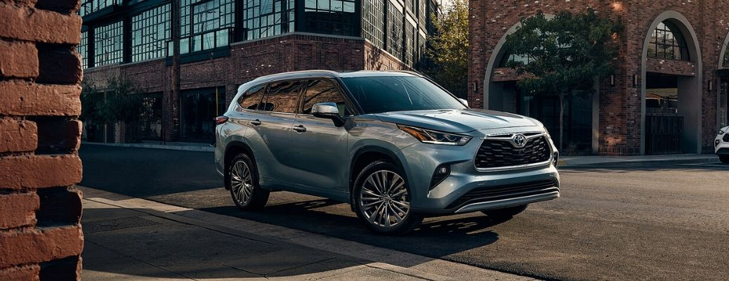 Toyota Highlander Towing Capacity >> What is the 2020 Toyota Highlander cargo and towing capacity?