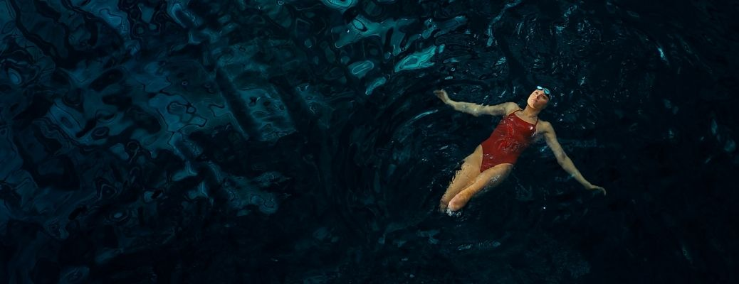 image from Toyota commercial with Jessica Long in swimming pool