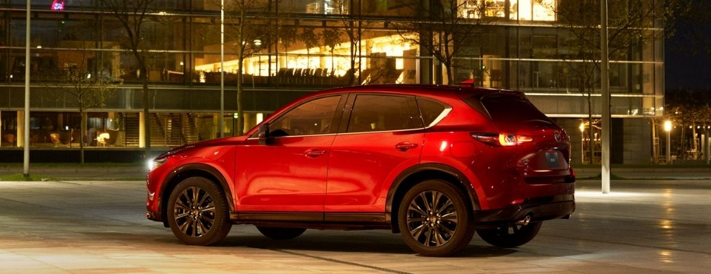 What are the Performance Ratings of the 2022 Mazda CX-5?