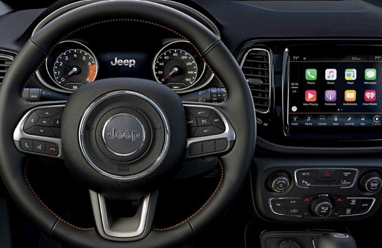 2020 Jeep Compass dash and wheel