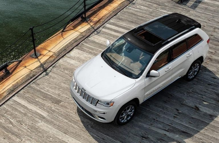 2021 Jeep Grand Cherokee top down view
