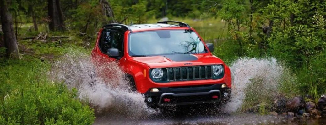 2021 Jeep Renegade driving in water