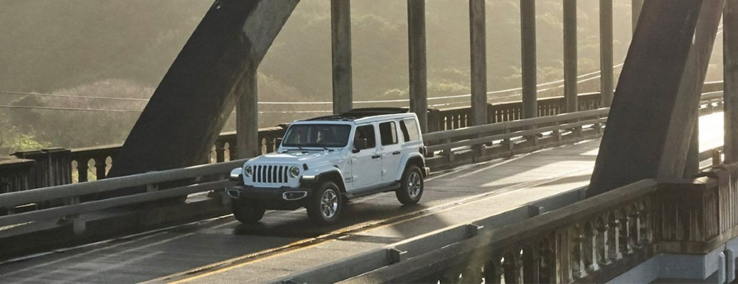 How do I Use the Remote Starting System Feature in a 2020 Jeep Wrangler?