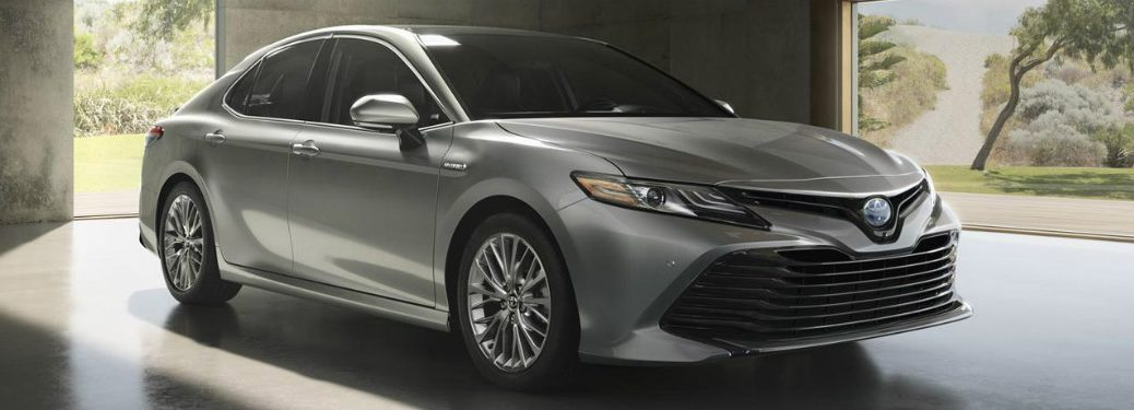 2018 Toyota Camry front exterior