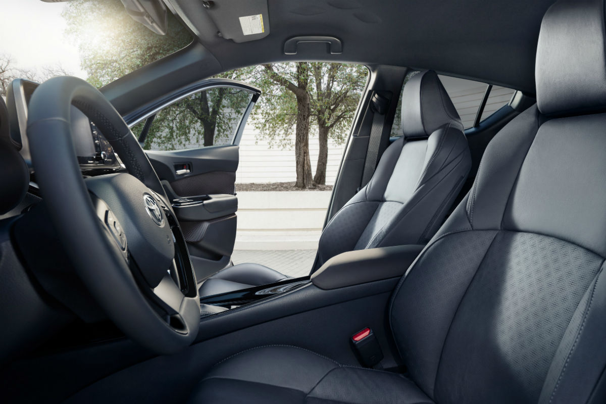 Side view of the front seats in the 2019 Toyota C-HR