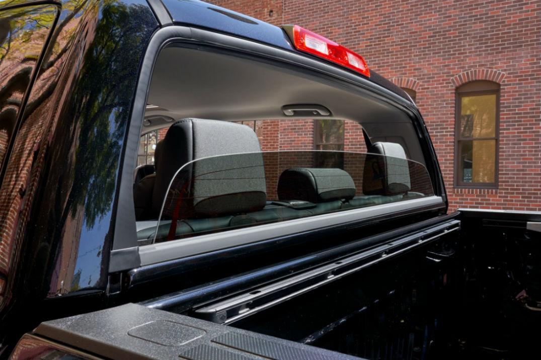 Rear sliding window of the 2019 Toyota Tundra
