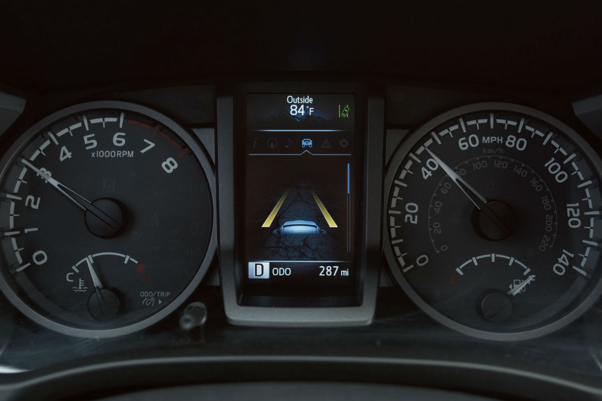 Driver information cluster of the 2019 Toyota Tacoma