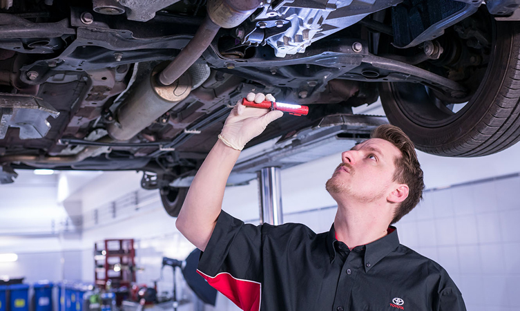 Why Service Your Toyota Vehicle Near Sartell, MN?