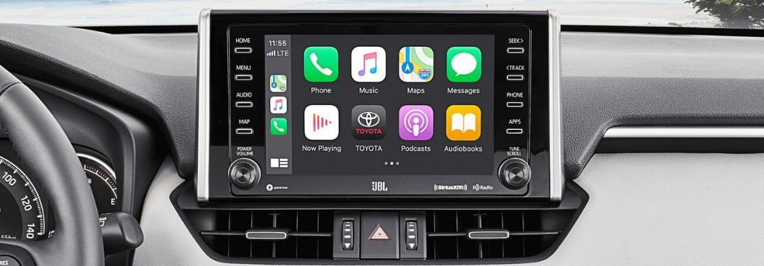 Step-By-Step Instructions To Use Apple CarPlay in Your Toyota