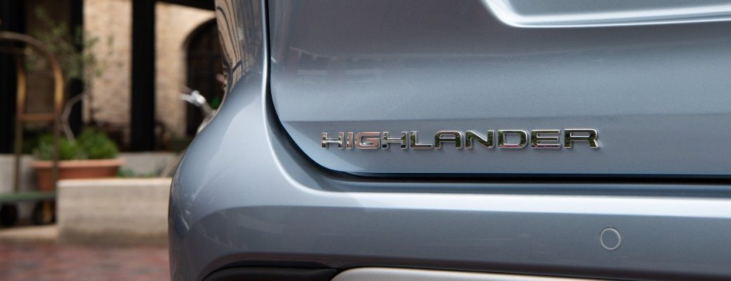 A close up photo of the Highlander badge used by the 2020 Toyota Highlander.