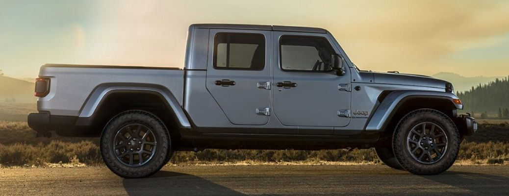2020 Jeep Gladiator profile