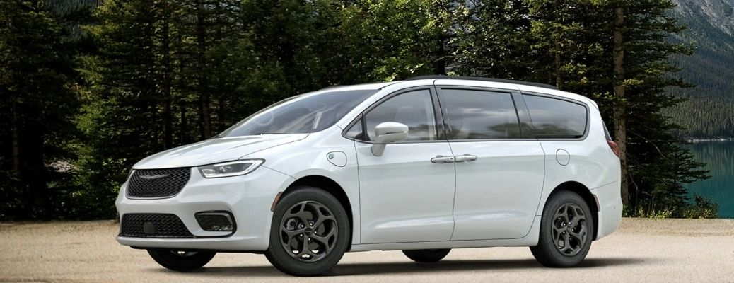 2021 Chrysler Pacifica white parked near trees