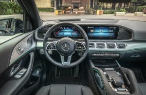 steering wheel and dash of mercedes-benz gle 350