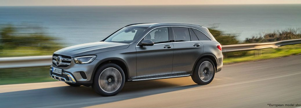 2020 MB GLC silver exterior front fascia driver side speeding on highway