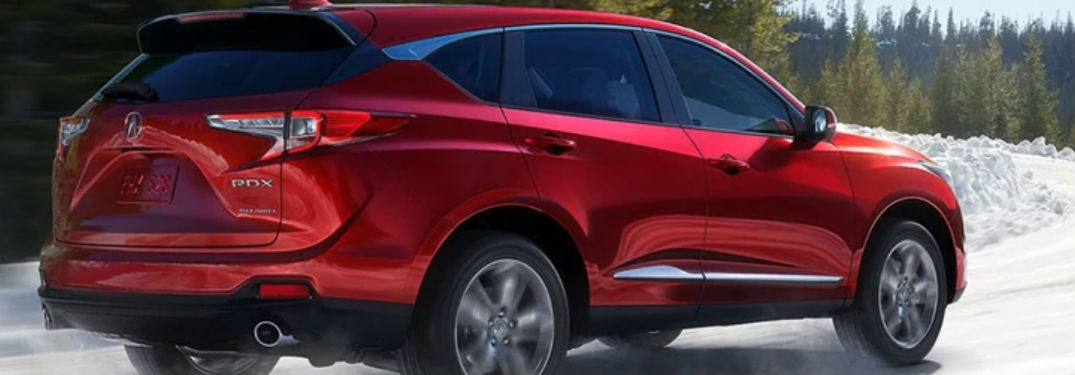 What entertainment options are there in the 2021 Acura RDX?