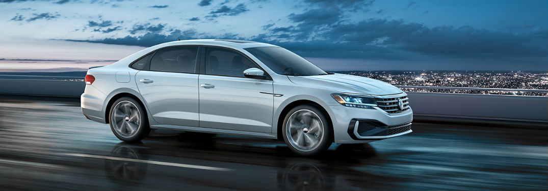 What are the 2020 Volkswagen Passat exterior color options?