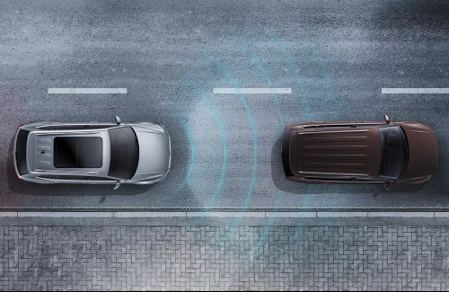 graphic of adaptive cruise control in action
