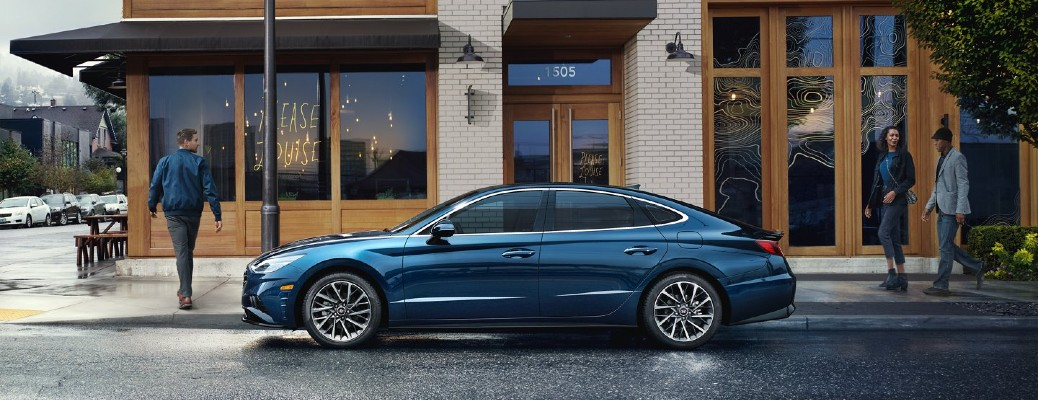2021 Hyundai Sonata blue parked in front of restaurant