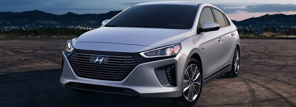 Features and Specs of the 2017 Hyundai Ioniq