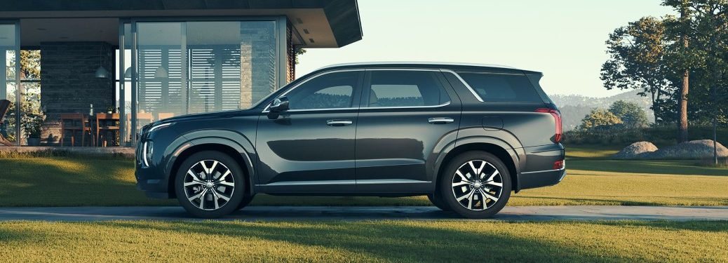 Side view of a 2020 Hyundai Palisade