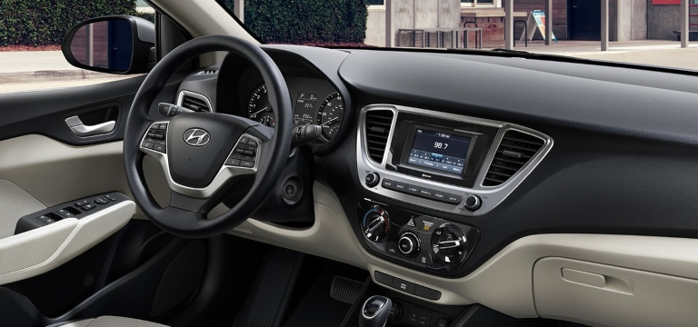 2020 Hyundai Accent Beige Cloth
