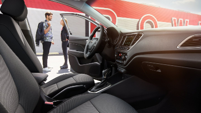 2020 Accent front seating showcase