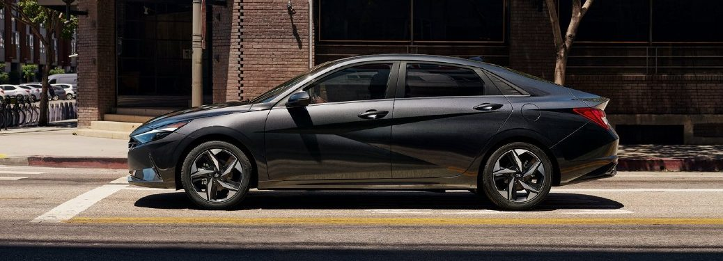 2021 Elantra side profile