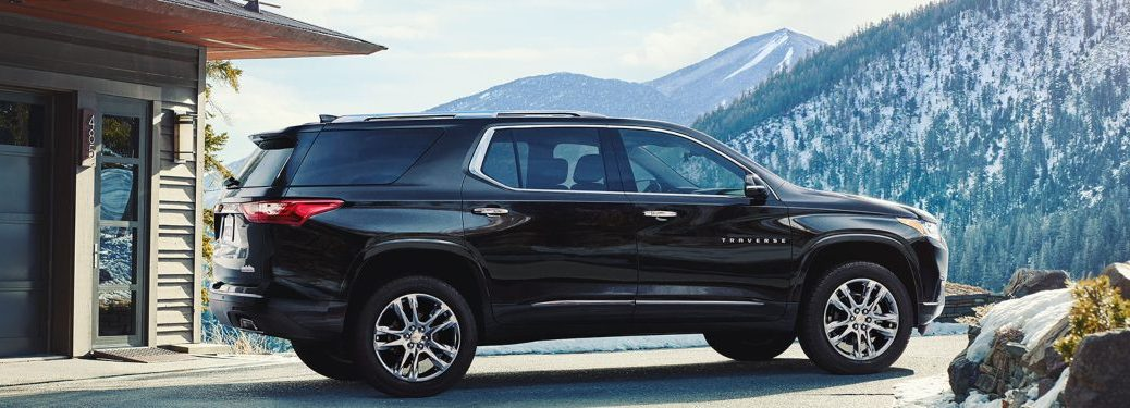 2019 Chevrolet Traverse parked near a building on a mountain