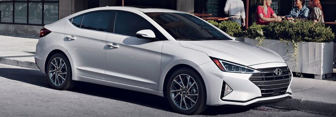 What are the 2020 Hyundai Elantra technology features?