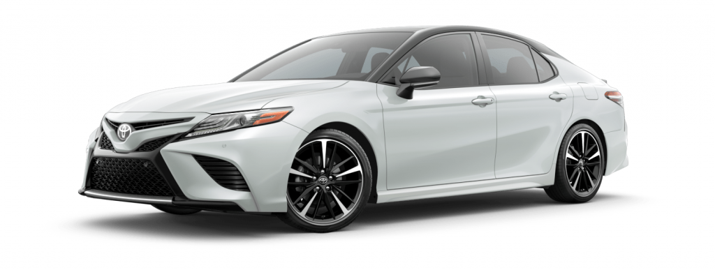 2018 Toyota Camry in wind chill pearl with midnight black roof spoiler