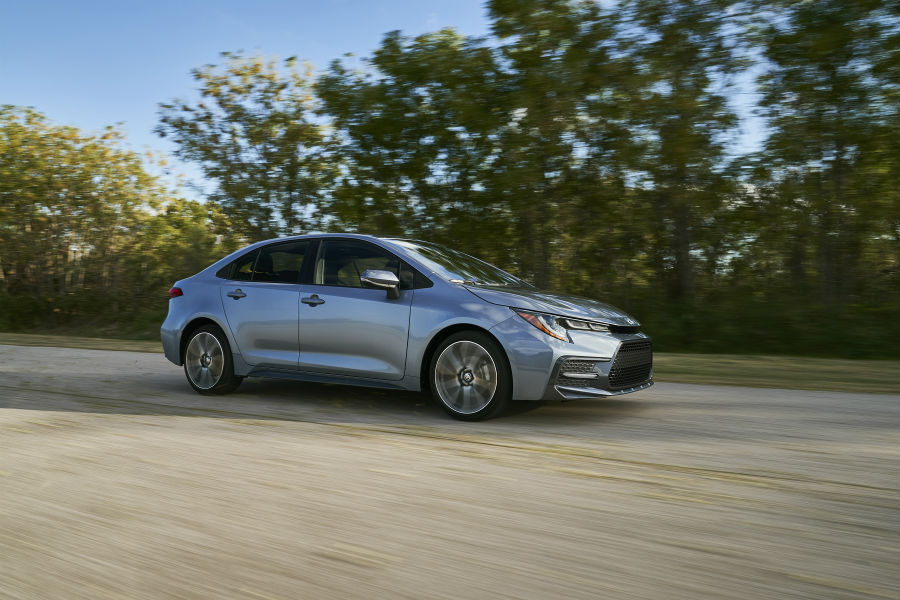 2020 Toyota Corolla Exterior Passenger Side Front Profile