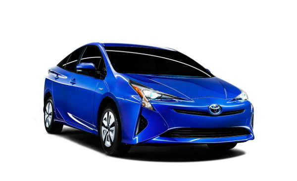 2016 Toyota Prius front end