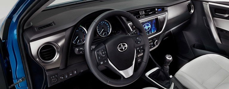 2016 Scion iM interior technology and safety features