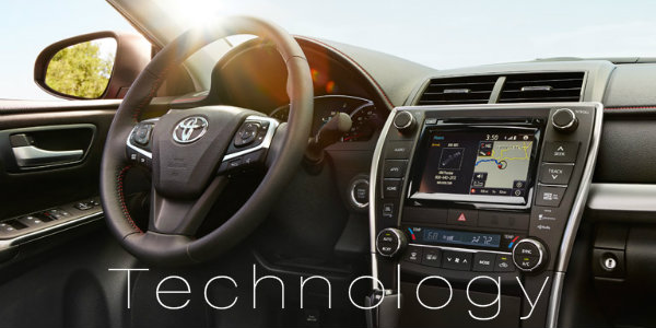technology features in 2016 Toyota Camry