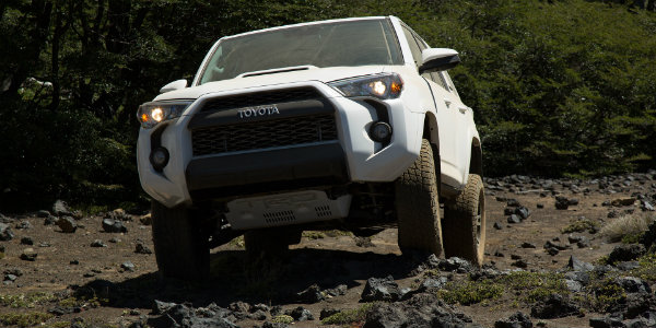 2016 Toyota 4Runner TRD Pro off-road design features
