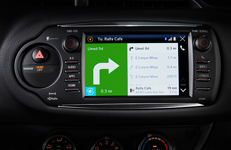 Does the Toyota Yaris have navigation?