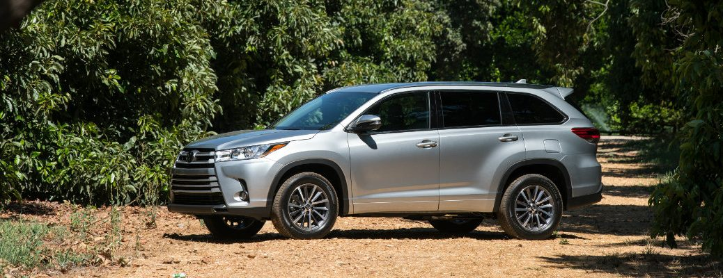 what's the difference between crossover and SUV