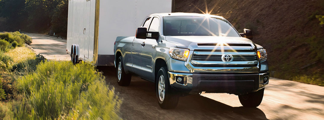 How to use Integrated Trailer Brake Controller on the Toyota Tundra