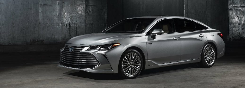 silver-2019-Toyota-Avalon-in-industrial-building