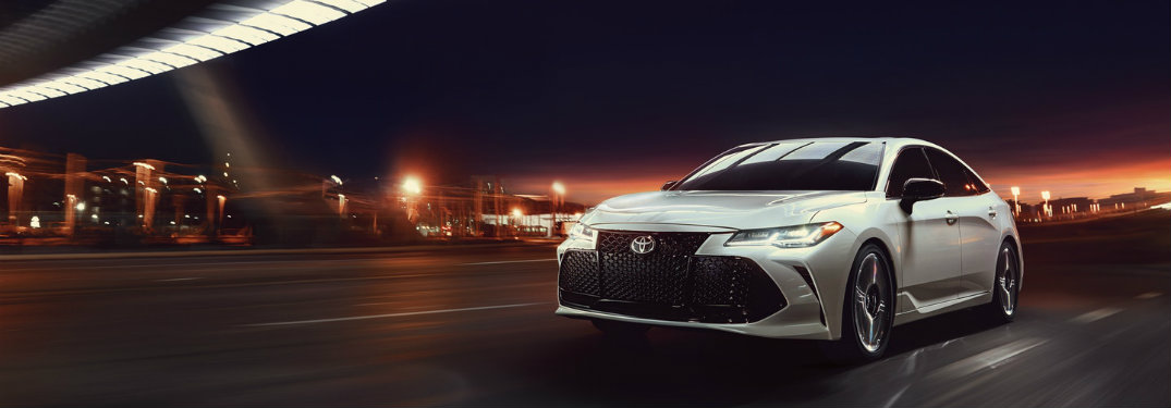 Does the 2019 Toyota Avalon offer all-wheel drive?