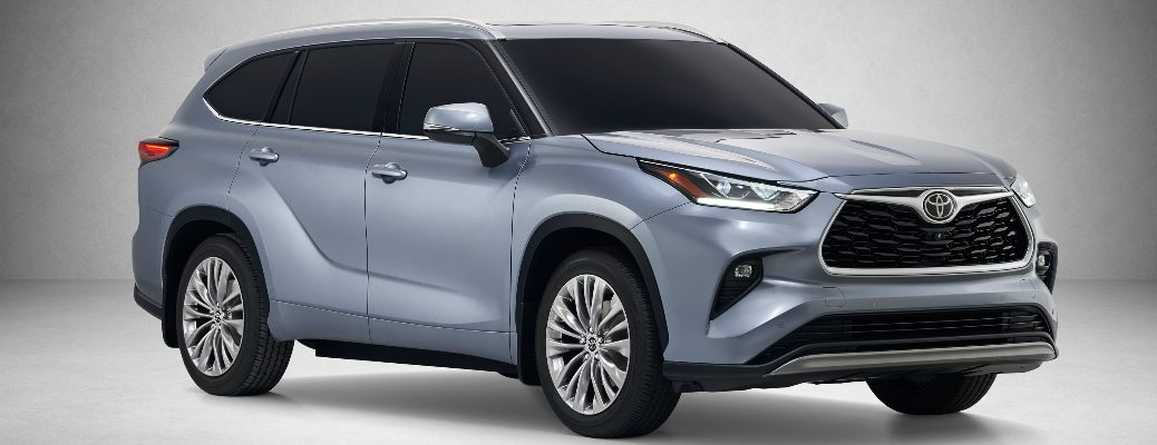 Front view of blue-grey 2020 Toyota Highlander