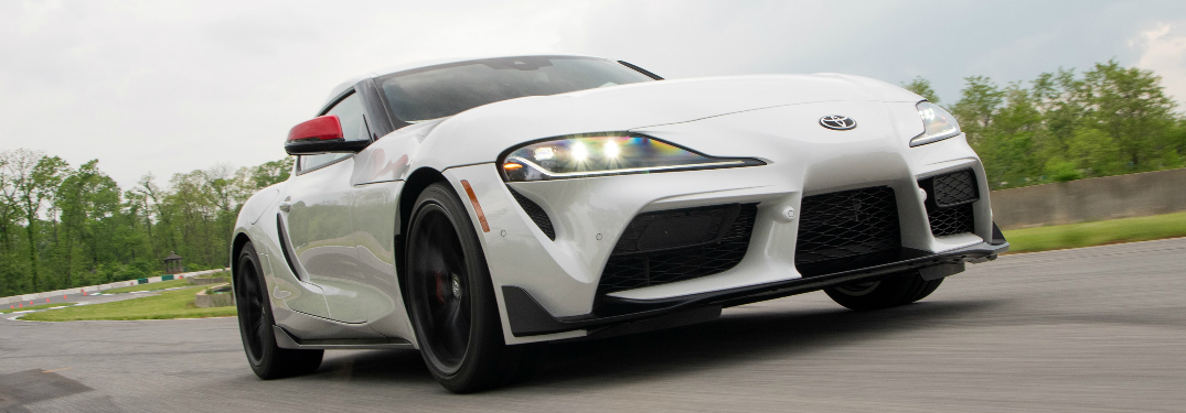 What is the top speed and 0 – 60 mph time of the 2020 Toyota GR Supra?
