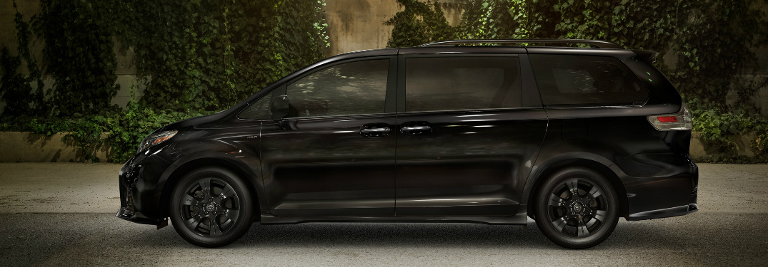 How many passengers can the 2020 Toyota Sienna seat?