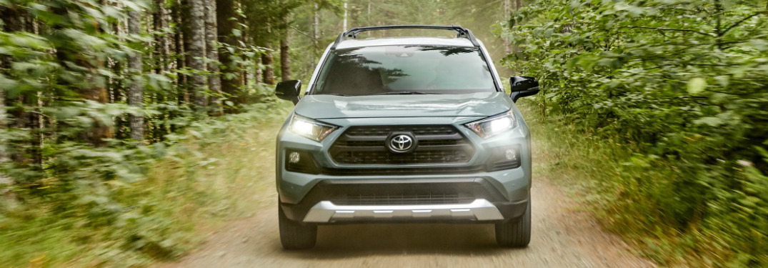 Check Out This Head to Head Matchup of the Toyota RAV4 and Nissan Rogue