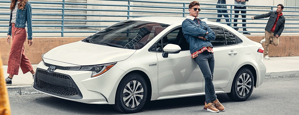 How efficient is the 2021 Corolla?